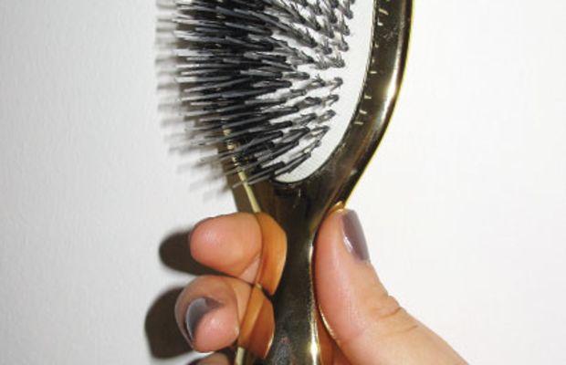Sonia Kashuk gold hair brush