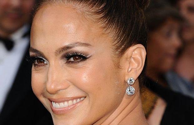 Oscars-2012-Jennifer-Lopez