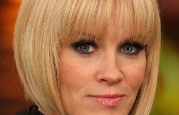 Jenny McCarthy heart face bangs