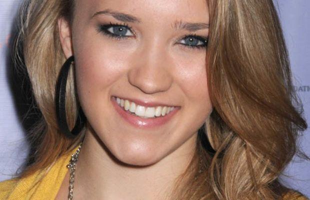 Emily Osment hair