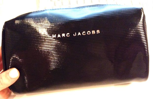 Marc Jacobs Beauty The Showstopper 7-Piece Holiday Set makeup bag