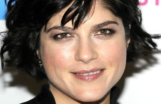 Selma Blair diamond face bangs