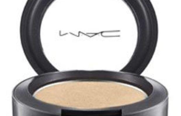 M.A.C-Pro-Longwear-Eye-Shadow-in-Carefree