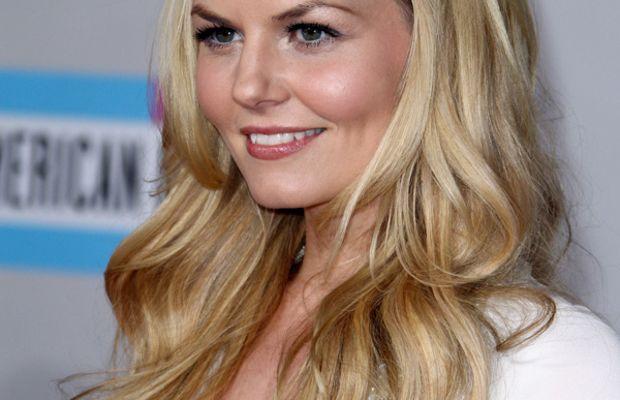 Jennifer-Morrison-2011-American-Music-Awards
