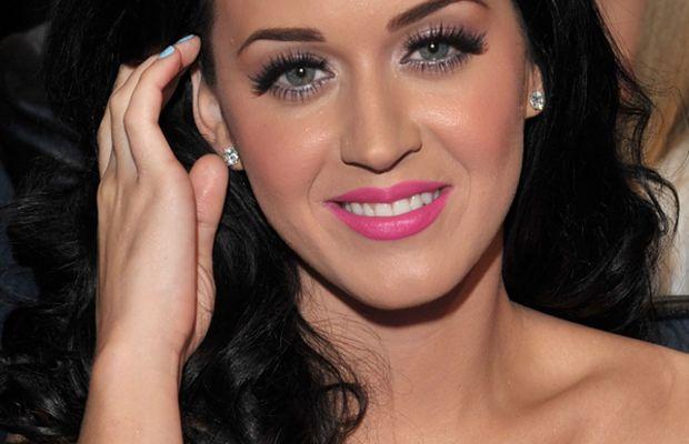 Katy-Perry-Peoples-Choice-Awards-Jan-2011