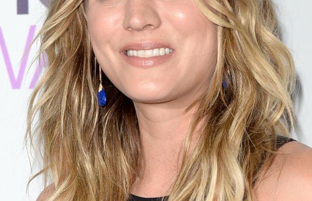 Kaley Cuoco, People's Choice Awards, 2014