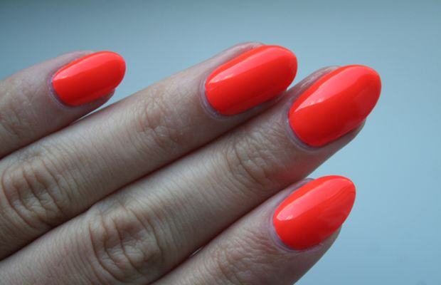 OPI Neon Revolution The Time Is Pow