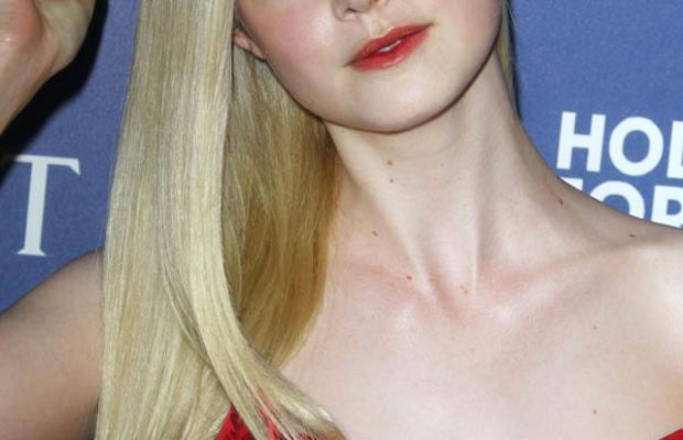 Elle Fanning, Hollywood Foreign Press Association Grants Banquet, 2014 (3)