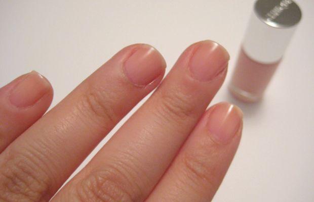 Clinique Sensitive Nail Polish - Sweet Tooth