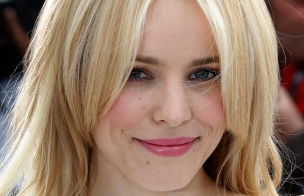 Rachel-McAdams-Midnight-In-Paris-Photocall-Cannes-2011-2