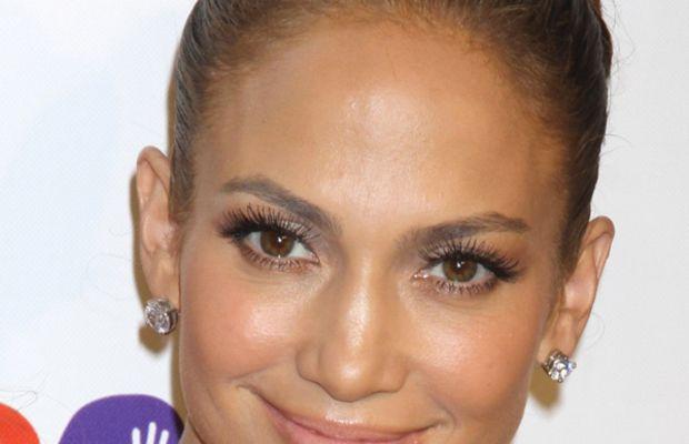 Jennifer-Lopez-Hope-for-Children-Charity-2011