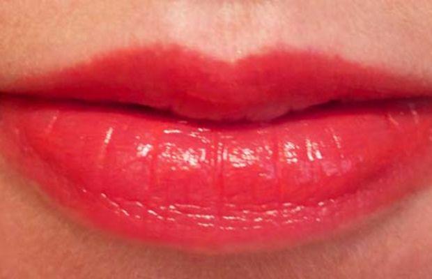 Lise Watier Hydra Kiss Colour Balm in Coral Paradise