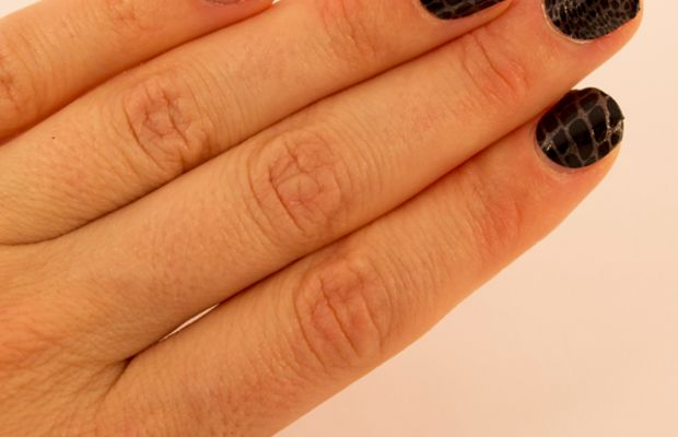Sally Hansen InstaGel Strips - Step 6c