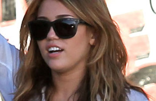 Miley-Cyrus-without-extensions