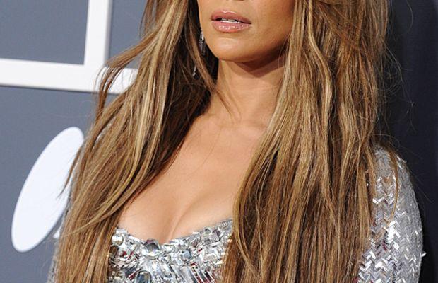Jennifer-Lopez-2011-Grammy-Awards