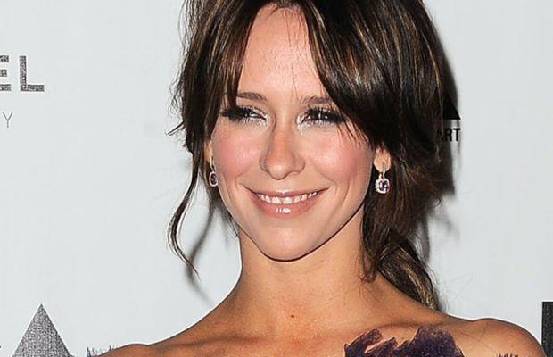 Jennifer-Love-Hewitt-MOCAs-Annual-Gala