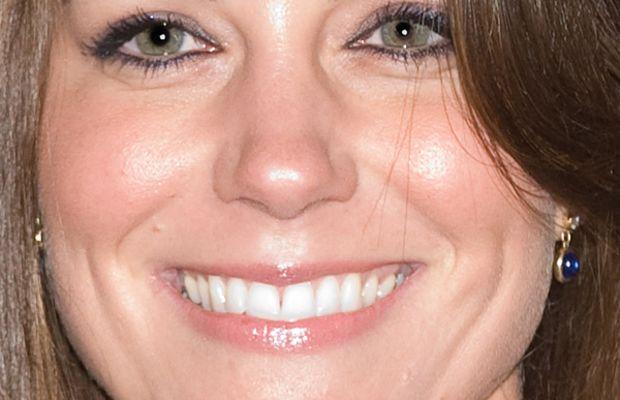 Kate-Middleton-engagement-makeup