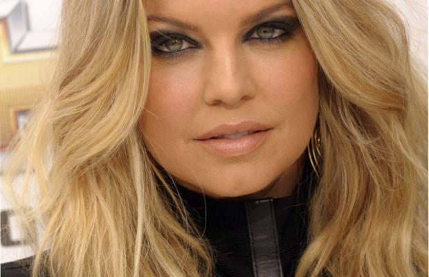 Fergie-Billboard-Music-Awards-2011
