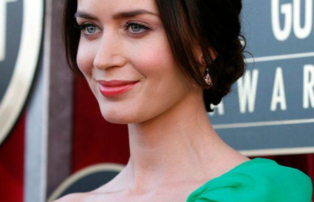 SAG-Awards-2012-Emily-Blunt
