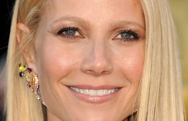 Gwyneth Paltrow light blonde hair