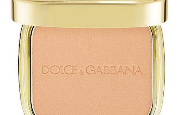 Dolce & Gabbana The Foundation Perfect Finish Powder Foundation in Creamy 80