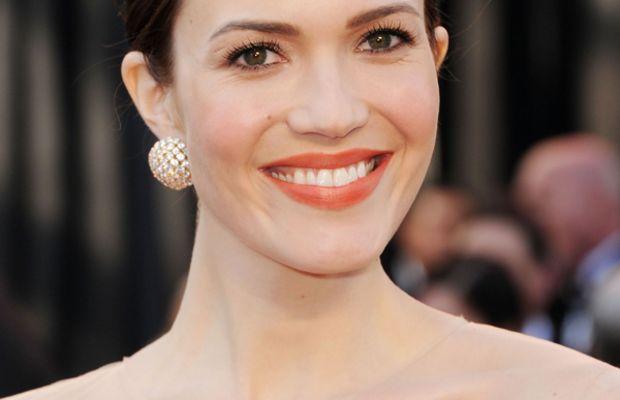 Mandy-Moore-2011-Oscars