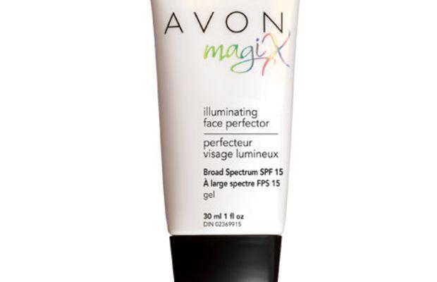 Avon Illuminating MagiX Face Perfector SPF 15