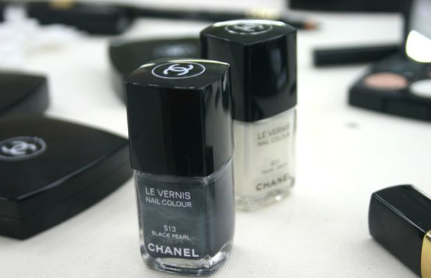 Chanel-Le-Vernis-Nail-Colour-in-Black-Pearl