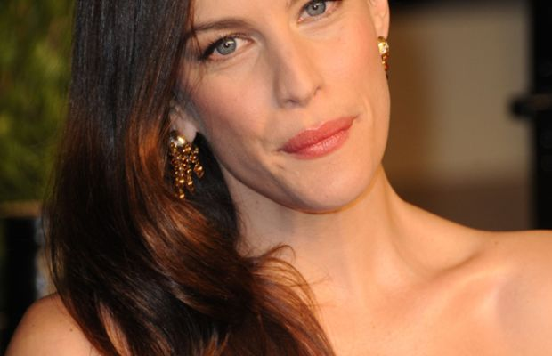 Liv-Tyler-2011-Vanity-Fair-Oscar-Party