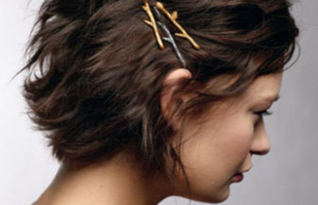 Bobby pins for in between hair