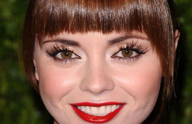 Christina Ricci round face bangs