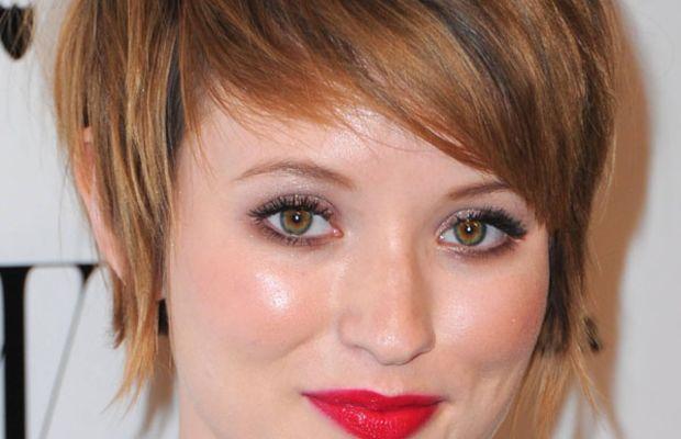 Emily Browning round face bangs
