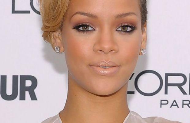 Rihanna - small face hairstyle