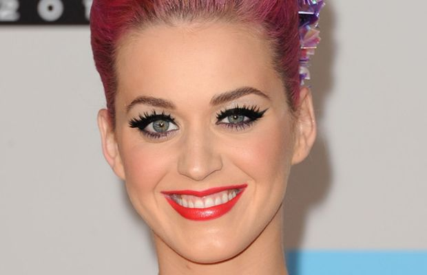 Katy-Perry-2011-American-Music-Awards