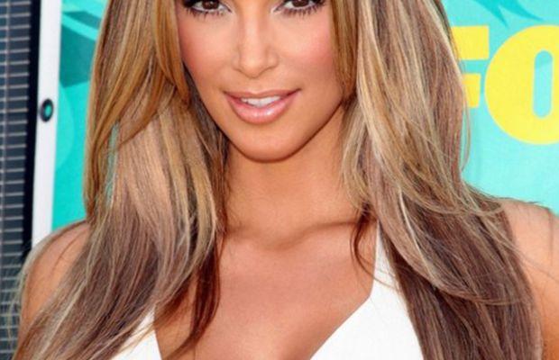 Kim Kardashian blonde hair 2009