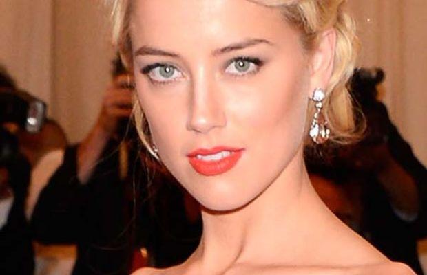 Amber-Heard-Met-Ball-2012