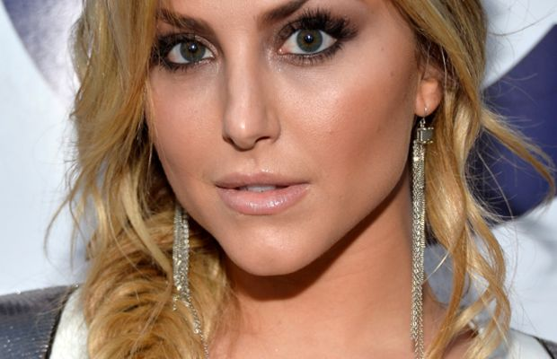 Cassie Scerbo, People's Choice Awards, 2014