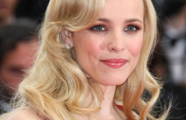 Rachel-McAdams-Midnight-In-Paris-Premiere-Cannes-2011