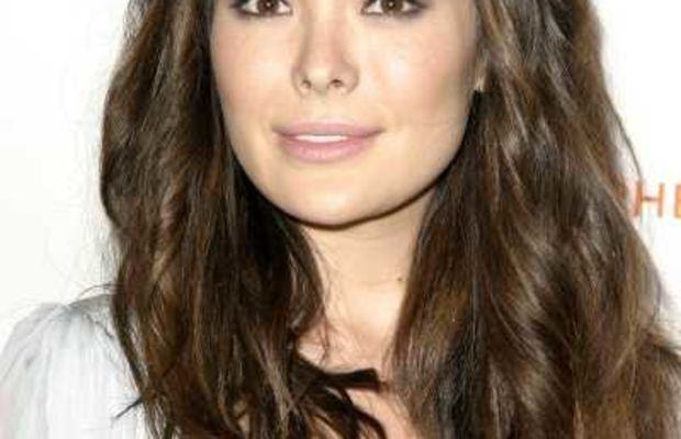 Lindsay Prince's lightened brown hair colour.
