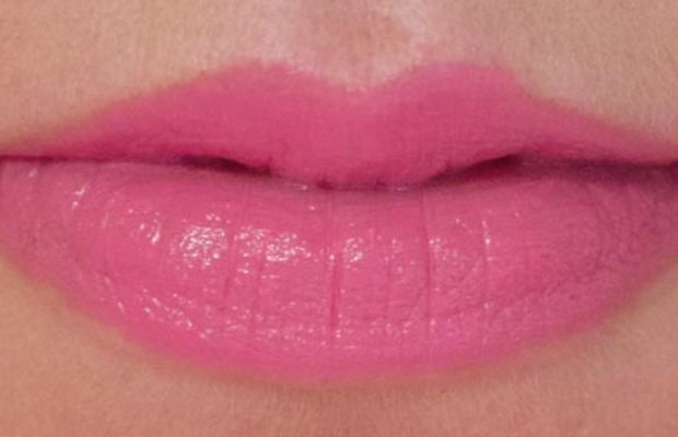 Aveda Nourish-Mint Smoothing Lip Color in Peruvian Lily (on lips)