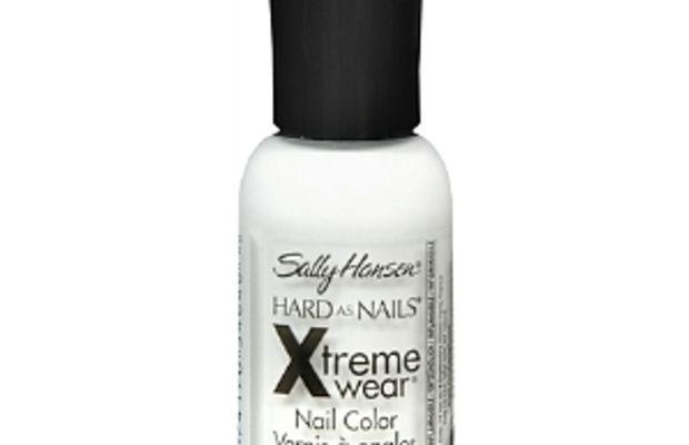 Sally Hansen Hard As Nails Xtreme Wear in White On
