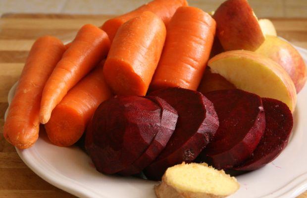 Beet-Carrot-Apple-Ginger-juice