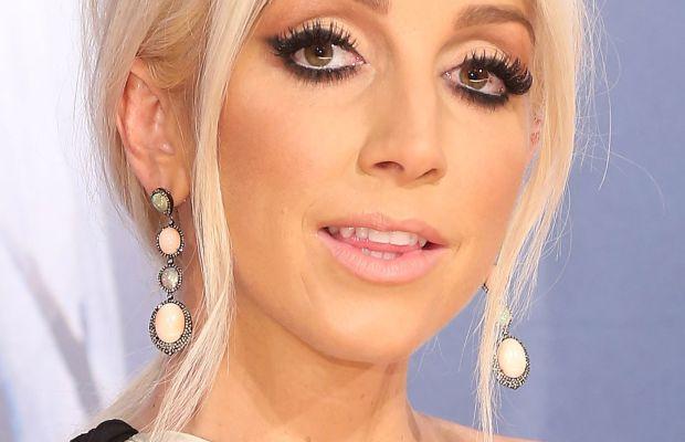 Ashley Monroe, CMA Awards 2015