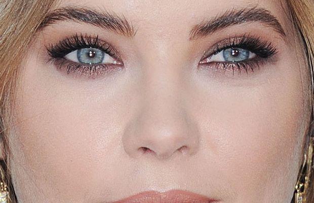Ashley Benson, American Music Awards 2015