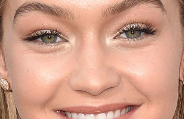 Gigi Hadid, American Music Awards 2015