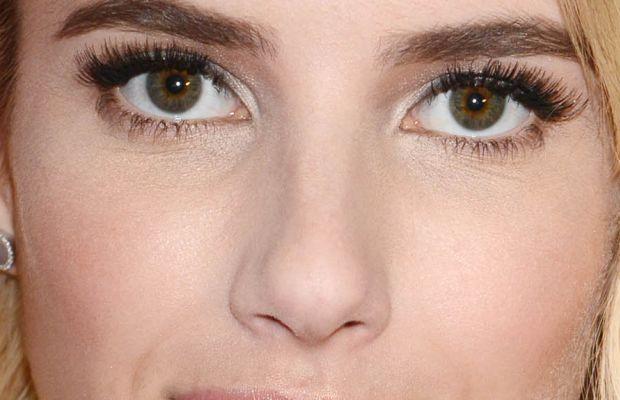 Emma Roberts, Donate a Photo Holiday Kick-Off, 2015