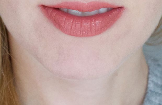 L'Oreal Paris Infallible Pro Matte Gloss in 318 Bare Attraction