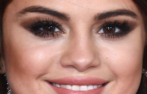 Selena Gomez, Grammy Awards 2016