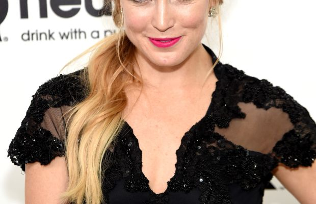 Caity Lotz, Elton John AIDS Foundation Academy Awards viewing party, 2016