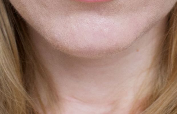 Saint Cosmetics Lip Gloss in Kiss and Tell